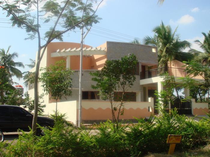 JOBY HOUSE AT HENNUR